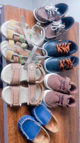 Lote sapato e sandália bebê
