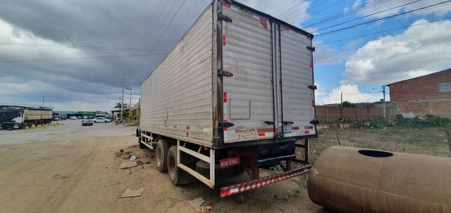 Caminhão Baú Mercedes 1113 - Foto 3