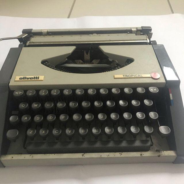 Máquina de datilografia antiga - Foto 5