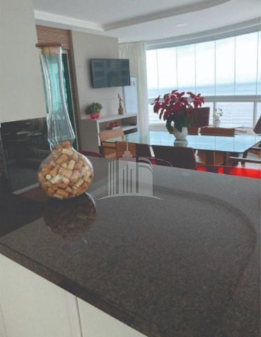 Lindo Apartamento com Ampla Sacada e Vista para o Mar na Barra Sul - Foto 13