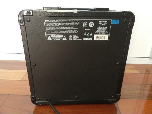 Amplificador Marshall MG10 - Foto 2