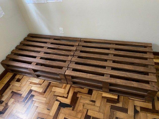 4 pallets + colchão de solteiro (Herval Cannes D33) em perfeito estado