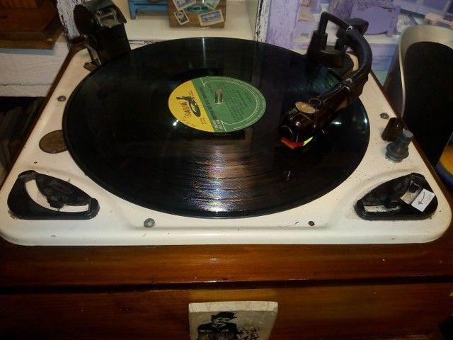 Vitrola antiga para colecionadores , funcionando perfeitamente, - Foto 3