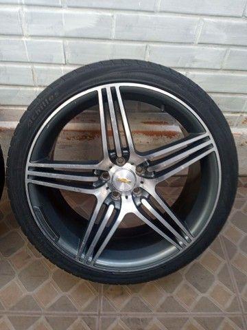 Rodas aro 20 com pneus meia vida  - Foto 2