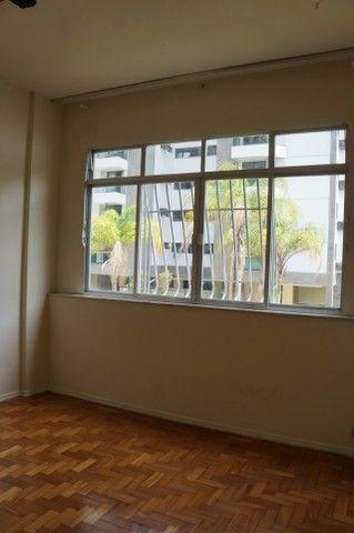 Apartamento Rua Miguel de Frias ao lado Colégio São Vicente - Foto 4