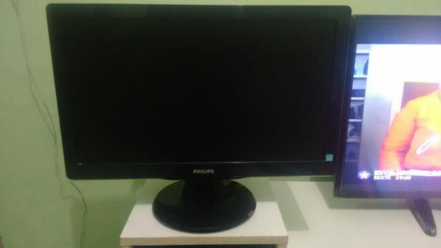 Monitor LCD, Philips, 19'6 polegadas