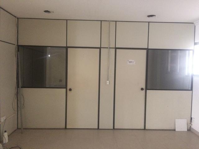 Divisorias eucatex com vidro - Foto 3