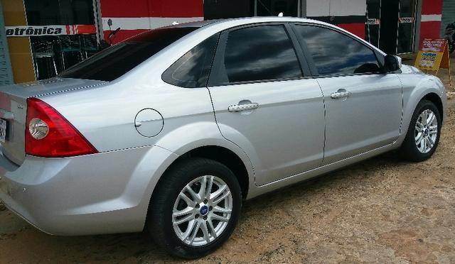 Focus sedan 2011 - Foto 3