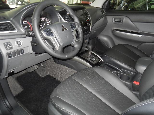 Mitsubishi L200 Triton Sport HPE-S Couro Xenon Conheça o Mit Facil e Desafio Casca Grossa - Foto 11