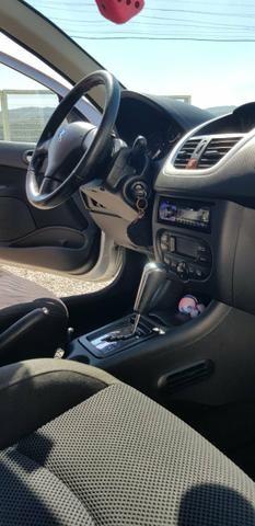 Peugeot 207 automático - Foto 3