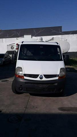 Van Master 2012 R$ 42 mil