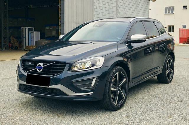 Volvo XC60 T6 R-Design,IPVA 2020 Pago,Aceita Troca,Único dono,Baixa Km !!