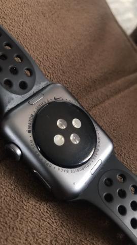 Apple Watch Serie 3 Nike - 42mm - Foto 2