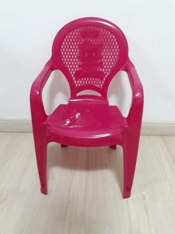 Conjunto de mesa e cadeira infantil - Foto 4