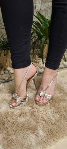 Sandálias Femininas - Lindas e Elegantes - 2 pelo preço de 1 - Foto 5