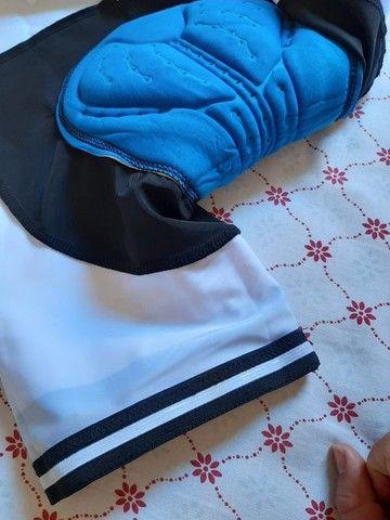 Bermuda de ciclismo com secagem rápida e almofada 9D - Foto 5