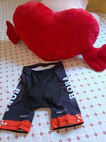 Bermuda de ciclismo com secagem rápida e almofada 9D - Foto 4