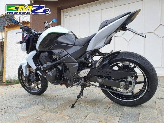 Kawasaki Z 750 2010 Branca com 64.000 km - Foto 4