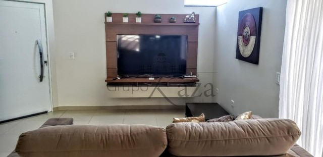 Casa / Condomínio - Loteamento Villa Branca - Locação - - Foto 5