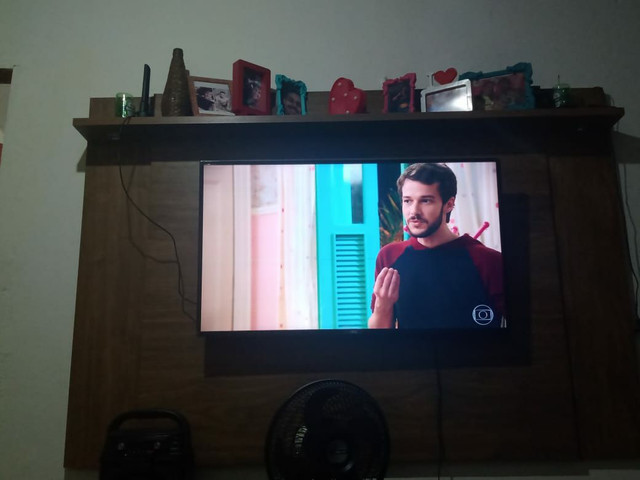 """Painel p/TV de até 50"""""""
