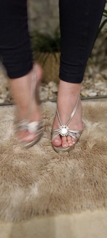 Sandálias Femininas - Lindas e Elegantes - 2 pelo preço de 1 - Foto 6