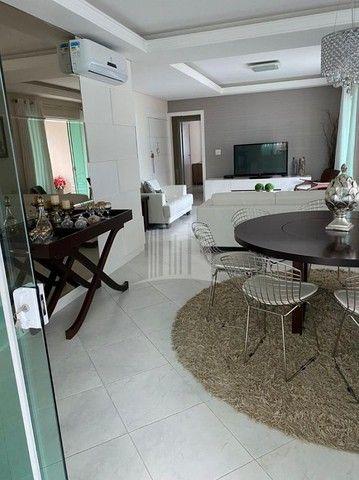 Lindo Apartamento com Ampla Sacada e Vista para o Mar na Barra Sul - Foto 18