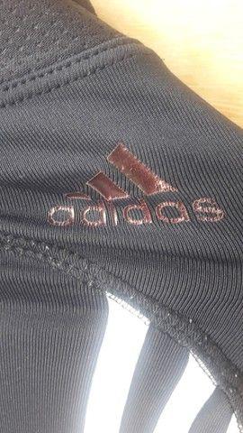 Calça legging Adidas preta tamanho P - semi nova - Foto 3