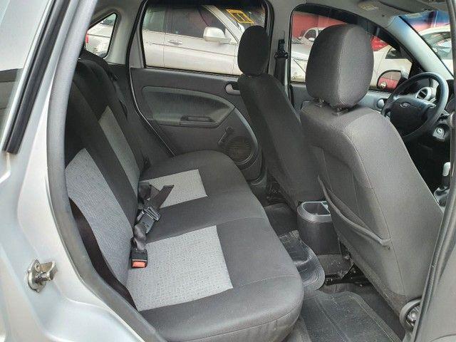 Fiesta Sedan Class 1.6 completo - Foto 12