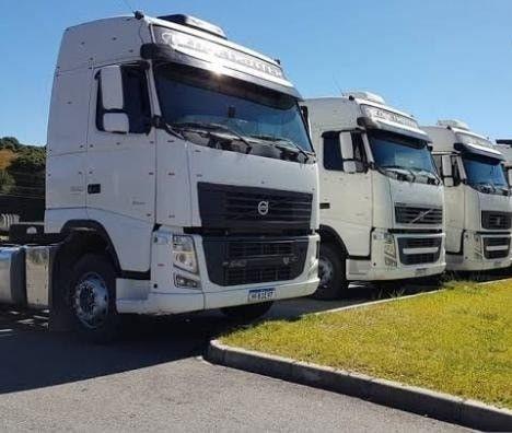 Caminhões Caçambas e Trucks