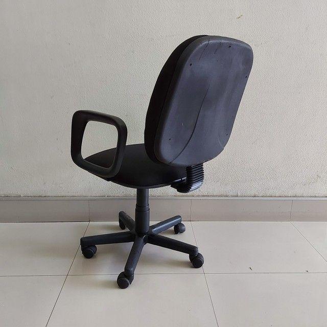 Cadeira Diretor Tecido Braço com Regulagem Escritório - Foto 3