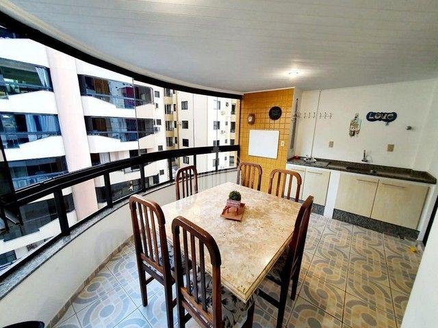 Apartamento a venda com Ampla Sacada com Churrasqueira