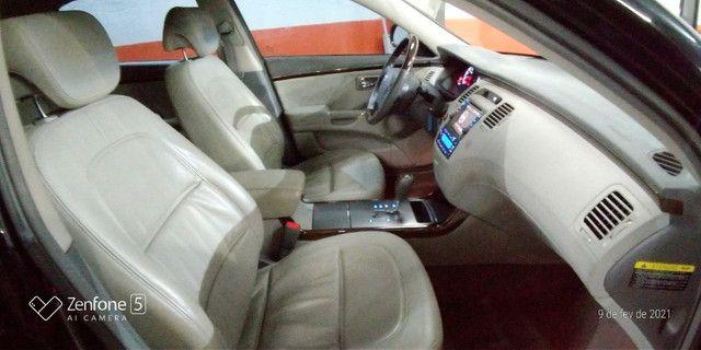 Azera 3.3 V6 Aut U.Dona Bx Km Couro Rodas Revisado Pneus Novos - Foto 9