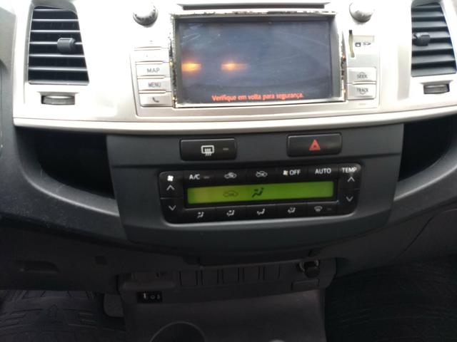Hilux CD srv 3.0 D4-D 4X4 2013* Automatica* Couro* Protetor* Capota* Estribo* Pn.Novos - Foto 8
