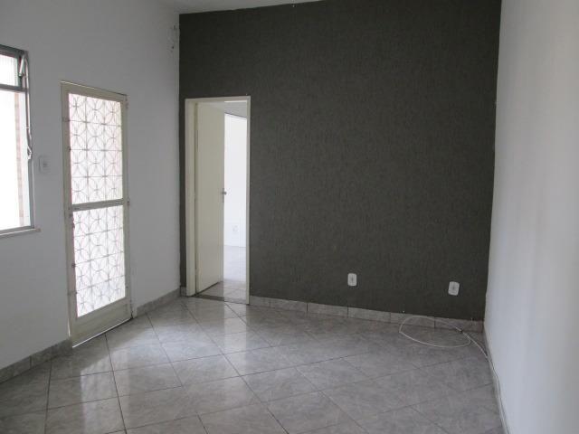 Ótima Casa Linear com 2 Quartos e Terraço em Guadalupe - Foto 6