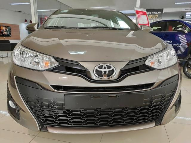 TOYOTA YARIS HATCH XL PLUS AT 19/20 - Foto 2