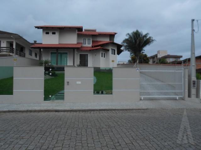 Casa à venda com 3 dormitórios em Floresta, Joinville cod:14192N/1