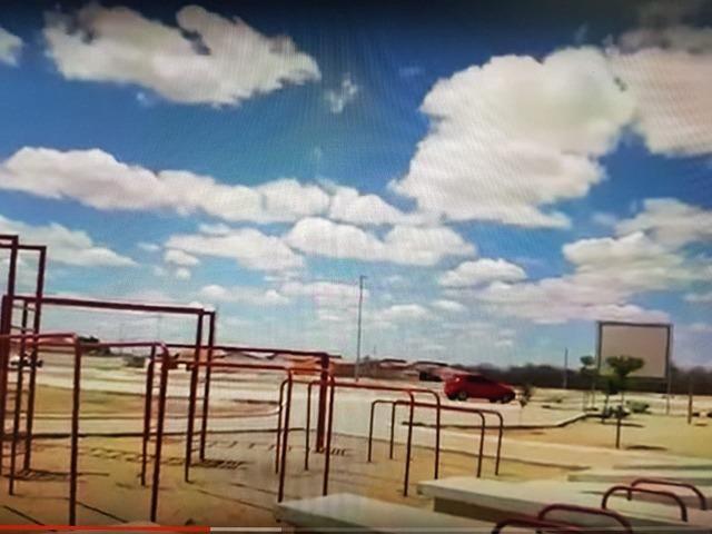 Vendo ou Troco Terreno / Loteamento Cidade Oeste - Foto 9
