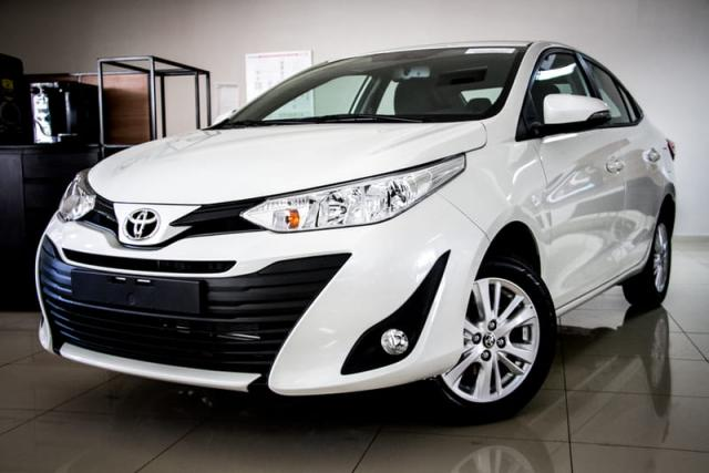 TOYOTA YARIS SEDAN XL AT 19/20