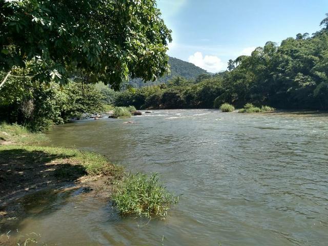 Terreno proximo do rio macaé - serra