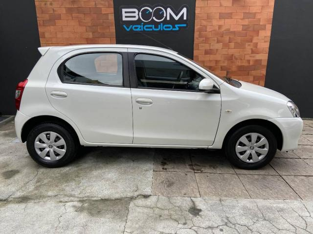 Toyota Etios 1.3 X 16V FLEX 4P MANUAL - Foto 5