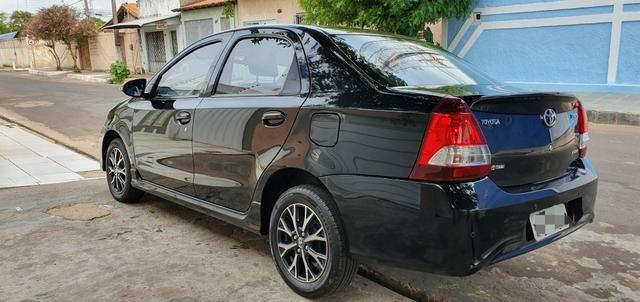 Etios 1.5 platinum automático 17/18 sedan - Foto 17