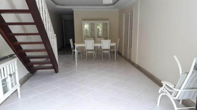 Cobertura Duplex -03 quartos , sendo 1 Suite. Retiro-Petropolis-RJ