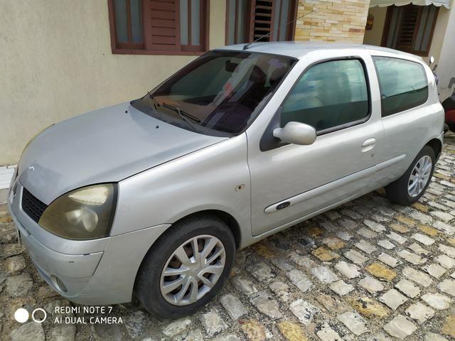Renault Clio 1.6 2004