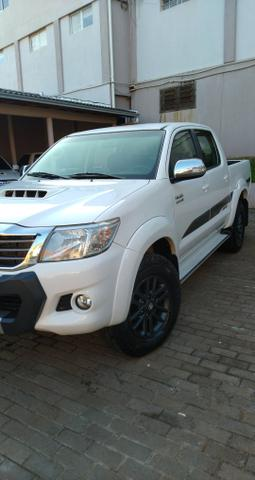 Toyota Hilux LIMITED 2015 IPVA 20 pago - Foto 2