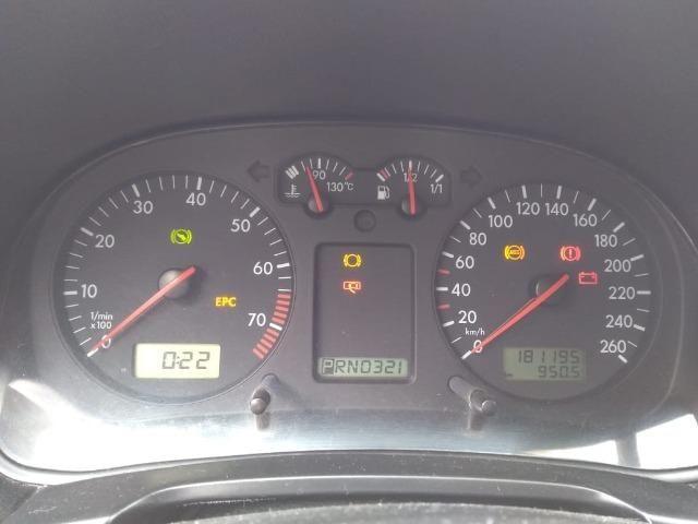 Golf 2.0 Gasolina, carro de garagem!!! - Foto 8