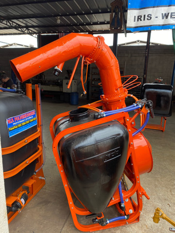 Pulverizador Jatao 400 litros Canhao  - Foto 2