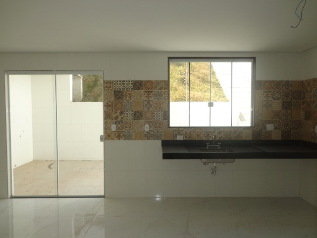 Casa 3 quartos á venda, 200 m² por R$ 749.000 - Parque Jardim da Serra - Juiz de Fora/MG - Foto 15