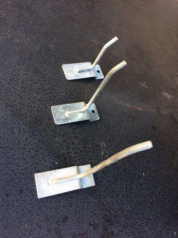 Ganchos com 10 centímetros para loja e vidros modulado - Foto 4