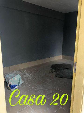 Aluga casa (um compartimento) em condomínio fechado no Dias Macedo - Foto 3