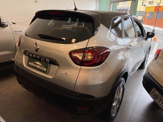 Renault Captur LIFE 1.6 AT 4P - Foto 4